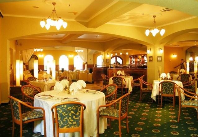 Los Arcos (Hotel Torremayor)