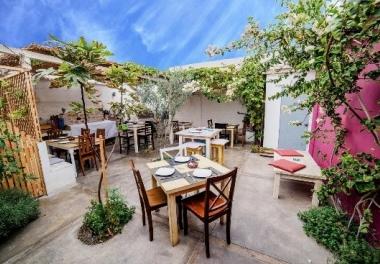 Santorini Restobar Café